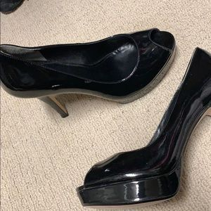 Brand new Cole Haan 8.5 patent leather heels
